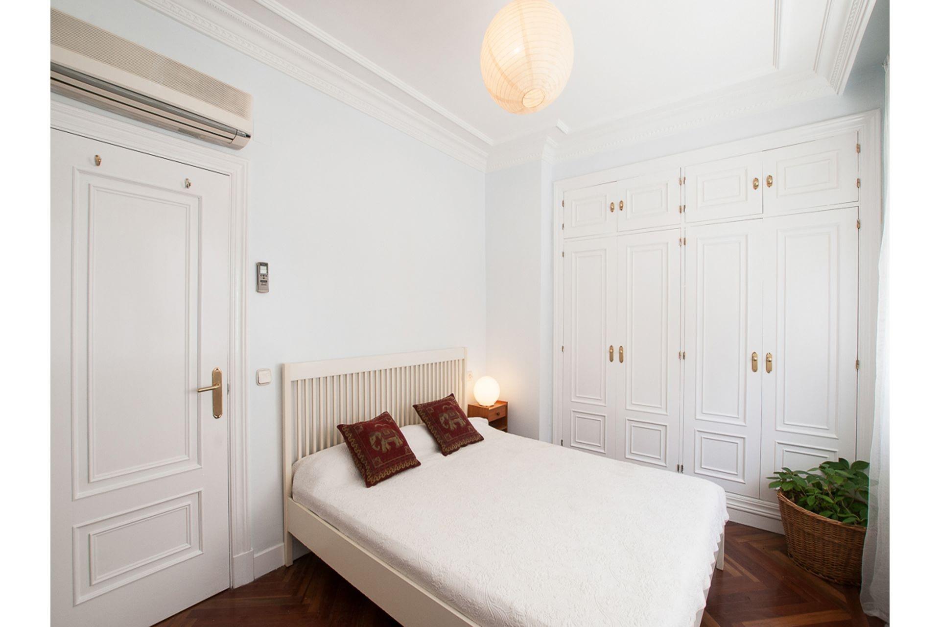segunda-mano-alquiler-piso-con-terraza-chueca-.jpg