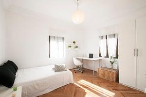alquiler habitaciones baratas luz